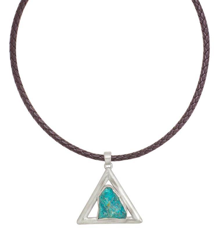 Colar com pingente em prata e pedra azul - IC618